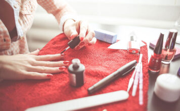 Frezarka do paznokci do salonu kosmetycznego